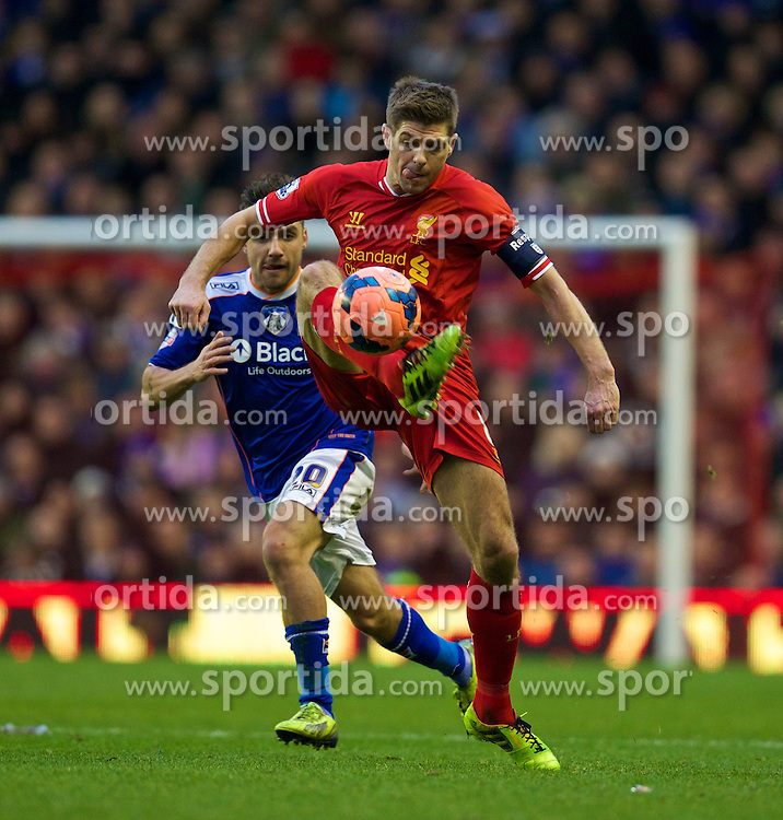 05.01.2014, Anfield, Liverpool, ENG, FA Cup, FC Liverpool vs FC Oldham Athletic, 3. Runde, im Bild Liverpool's captain Steven Gerrardg, action against Oldham Athletic // during the English FA Cup 3rd round match between Liverpool FC and Oldham Athletic FC at the Anfield in Liverpool, Great Britain on 2014/01/05. EXPA Pictures &copy; 2014, PhotoCredit: EXPA/ Propagandaphoto/ David Rawcliffe<br /> <br /> *****ATTENTION - OUT of ENG, GBR*****