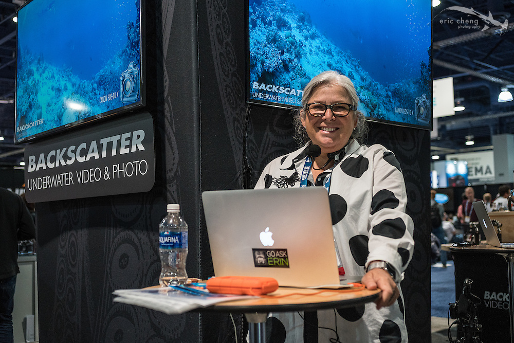 Erin Quigley doing mini-seminars at the Backscatter booth (DEMA 2016, Las Vegas)