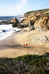 CA: couple on Bodega Bay Beach in Sonoma County  .Photo: cabeac102..Photo Copyright: Lee Foster, 510-549-2202, lee@fostertravel.com, www.fostertravel.com