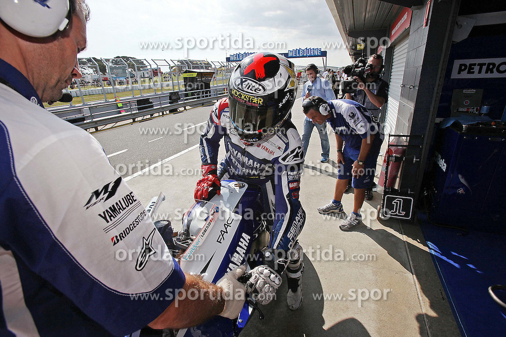 14.10.2011, Phillip Island, Cowes, AUS, MotoGP, Iveco Australian Gran Prix, Qualifikation, im Bild Jorge Lorenzo - Yamaha factory team .// during IVECO AUSTRALIAN GRAN PRIX qualifying at Philip Island, Cowes, AUS on 14/10/2011. EXPA Pictures © 2011, PhotoCredit: EXPA/ InsideFoto/ Semedia +++++ ATTENTION - FOR AUSTRIA/(AUT), SLOVENIA/(SLO), SERBIA/(SRB), CROATIA/(CRO), SWISS/(SUI) and SWEDEN/(SWE) CLIENT ONLY +++++