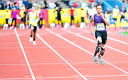 South Africa's Oscar Pistorius competes in the men's 400 metres T44 final race with a new world record time of 47.04 sec during the Diamond League athletics meeting at Crystal Palace in London on August 14, 2010.