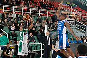 DESCRIZIONE : Avellino Lega A 2014-15 Sidigas Avellino Acqua Vitasnella Cantu<br /> GIOCATORE : Adrian Banks<br /> CATEGORIA : tiro tre punti<br /> SQUADRA : Sidigas Avellino<br /> EVENTO : Campionato Lega A 2014-2015<br /> GARA : Sidigas Avellino Acqua Vitasnella Cantu<br /> DATA : 01/02/2015<br /> SPORT : Pallacanestro <br /> AUTORE : Agenzia Ciamillo-Castoria/A. De Lise<br /> Galleria : Lega Basket A 2014-2015 <br /> Fotonotizia : Avellino Lega A 2014-15 Sidigas Avellino Acqua Vitasnella Cantu