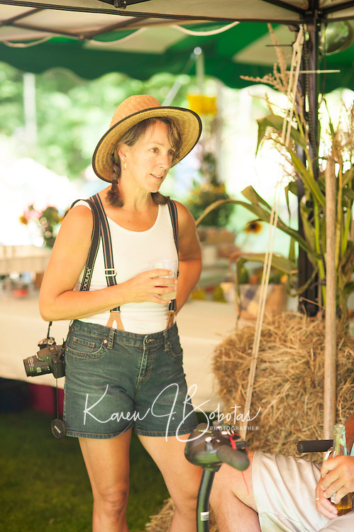 Farmer's Market 2013 Jamboree.  © Karen Bobotas Photographer