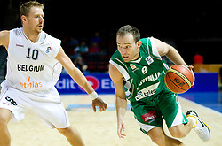 Dimitri Lauwers of Belgium vs Samo Udrih of Slovenia during basketball match between National teams of Belgium and Slovenia in Group D of Preliminary Round of Eurobasket Lithuania 2011, on September 4, 2011, in Arena Svyturio, Klaipeda, Lithuania.  (Photo by Vid Ponikvar / Sportida)