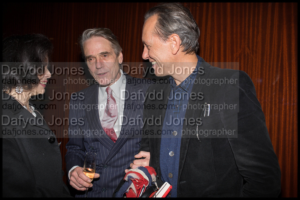 BIANCA JAGGER; JEREMY IRONS; RICHARD E. GRANT, Liberatum Cultural Honour for Francis Ford Coppola<br /> with Bulgari Hotel & Residences, London. 17 November 2014