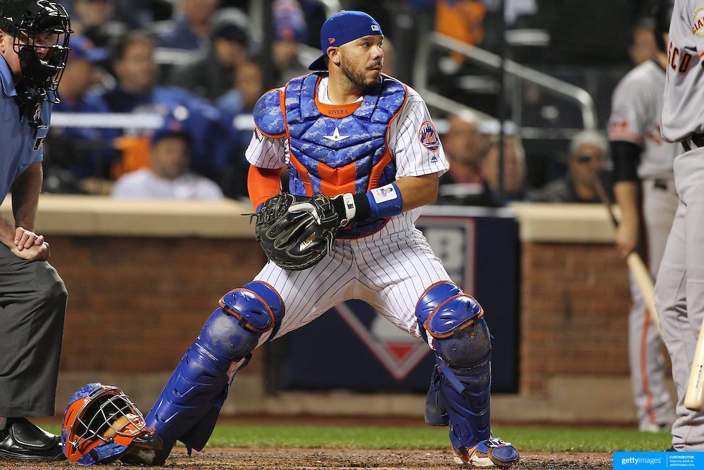 NEW YORK, NEW YORK - October 5: Catcher Rene Rivera #44 of the New York Mets during the San Francisco Giants Vs New York Mets National League Wild Card game at Citi Field on October 5, 2016 in New York City. (Photo by Tim Clayton/Corbis via Getty Images)