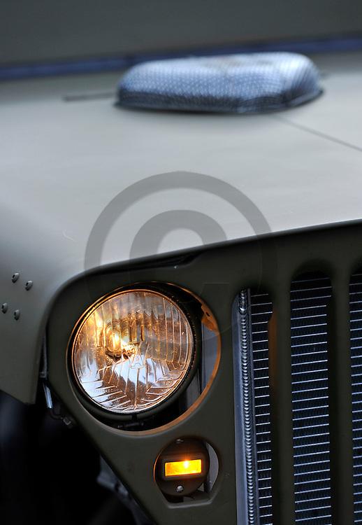 30/12/13 - CLERMONT FERRAND - PUY DE DOME - FRANCE - Essais Hot Road sur base de Jeep Willys prepare par Fabien PELLISSIER - Photo Jerome CHABANNE
