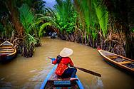 VIETNAM - mekong delta floating market ROBIN UTRECHT