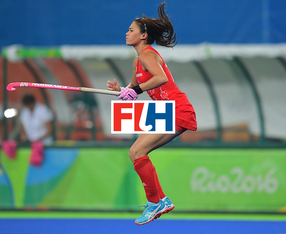 Britain's Sam Quek warms up during the women's field hockey Britain vs Australia match of the Rio 2016 Olympics Games at the Olympic Hockey Centre in Rio de Janeiro on August, 6 2016. / AFP / Carl DE SOUZA        (Photo credit should read CARL DE SOUZA/AFP/Getty Images)