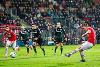 ALKMAAR - 20-02-2016, AZ - FC Groningen, AFAS Stadion, 4-1, AZ speler Markus Henriksen mist een penalty.