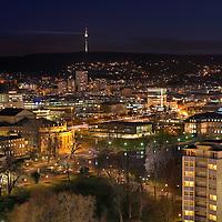 Blick auf Stuttgart Mitte mit Staatsoper 'Großes Haus', 'Kleines Haus', Staatsgalerie und Schloßgarten vom Turm des Hauptbahnhofs