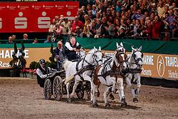 CHARDON Ijsbrand (NED), WULFF Volker (Veranstalter)<br /> Leipzig - Partner Pferd 2020<br /> Siegerehrung<br /> TRAVEL CHARME Hotels & Resorts Trophy <br /> FEI Driving World Cup™<br /> FEI World Cup Qualifikation der Vierspänner<br /> Zeithindernisfahren für Vierspänner, international<br /> 19. Januar 2020<br /> © www.sportfotos-lafrentz.de/Stefan Lafrentz