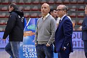 DESCRIZIONE : Campionato 2015/16 Serie A Beko Dinamo Banco di Sardegna Sassari - Consultinvest VL Pesaro<br /> GIOCATORE : Stefano Sardara Carlo Sardara<br /> CATEGORIA : Ritratto Before Pregame<br /> SQUADRA : Dinamo Banco di Sardegna Sassari<br /> EVENTO : LegaBasket Serie A Beko 2015/2016<br /> GARA : Dinamo Banco di Sardegna Sassari - Consultinvest VL Pesaro<br /> DATA : 23/11/2015<br /> SPORT : Pallacanestro <br /> AUTORE : Agenzia Ciamillo-Castoria/L.Canu