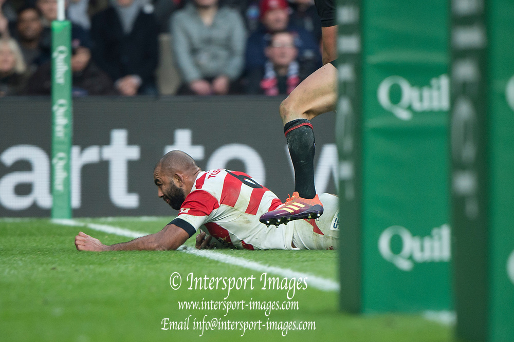 Twickenham, United Kingdom, Saturday, 17th  November 2018, RFU, Rugby, Stadium, England,  Michael LEITCH, touching down, during the  Quilter Autumn International, England vs Japan, © Peter Spurrier