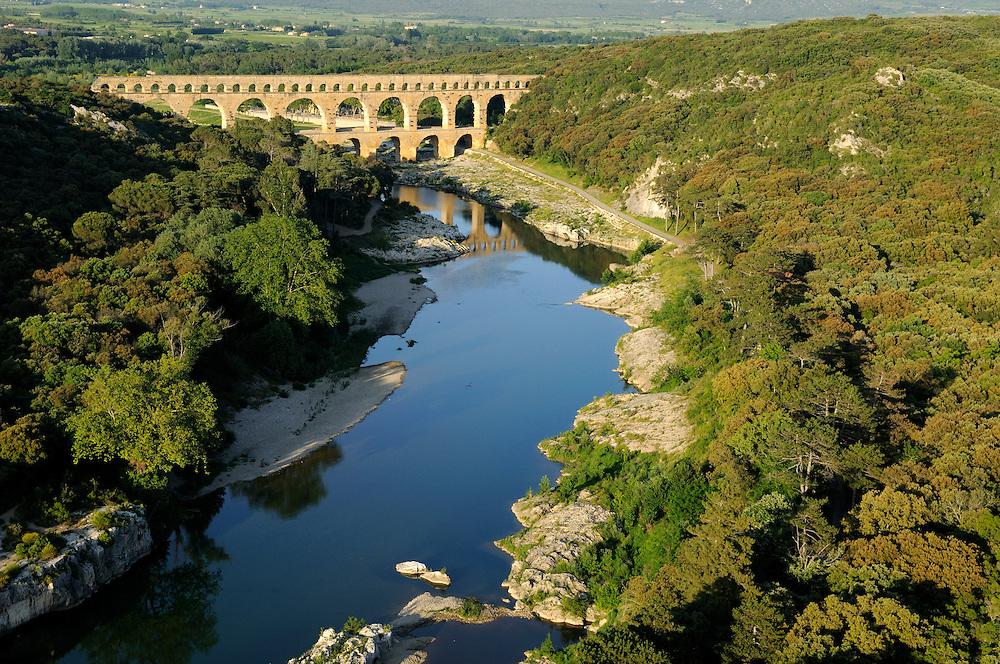 France, Languedoc Roussillon, Gard (30), région Uzès, le Gardon, le Pont du Gard