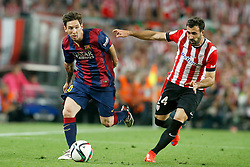 30.05.2015, Camp Nou, Barcelona, ESP, Copa del Rey, Athletic Club Bilbao vs FC Barcelona, Finale, im Bild Athletic de Bilbao's Mikel Balenziaga (r) and FC Barcelona's Leo Messi // during the final match of spanish king's cup between Athletic Club Bilbao and Barcelona FC at Camp Nou in Barcelona, Spain on 2015/05/30. EXPA Pictures &copy; 2015, PhotoCredit: EXPA/ Alterphotos/ Acero<br /> <br /> *****ATTENTION - OUT of ESP, SUI*****