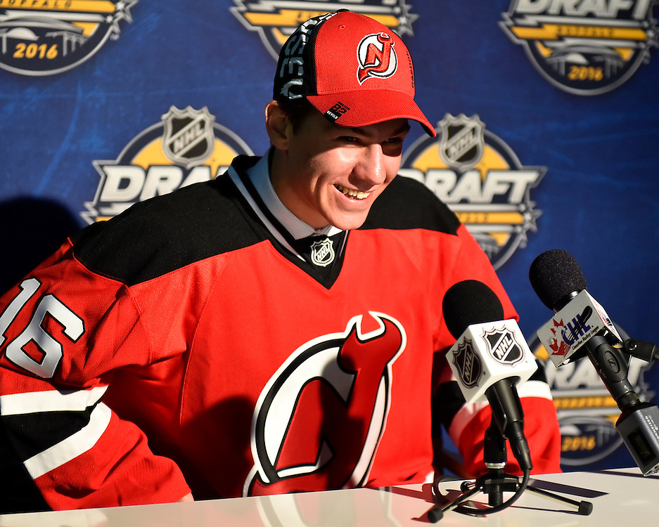 Nathan Bastian of the Mississauga Steelheads was selected by the New Jersey Devils at the 2016 NHL Draft in Buffalo, NY on Saturday June 25, 2016. Photo by Aaron Bell/CHL Images