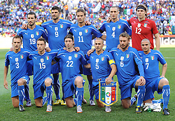 20.06.2010, Mbombela Stadion, Nelspruit, RSA, FIFA WM 2010, Italien vs Neuseeland im Bild Teamphoto, Mannschaftsfoto Italien, EXPA Pictures © 2010, PhotoCredit: EXPA/ InsideFoto/ Perottino / SPORTIDA PHOTO AGENCY