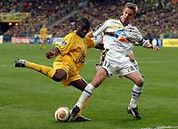 Fotball<br /> Fransk ligacupfinale<br /> Nantes v Sochaux<br /> 17. april 2004<br /> Foto: Digitalsport<br /> NORWAY ONLY<br /> <br />  EMERSE FAE (NAN) / BENOIT PEDRETTI (SOC)