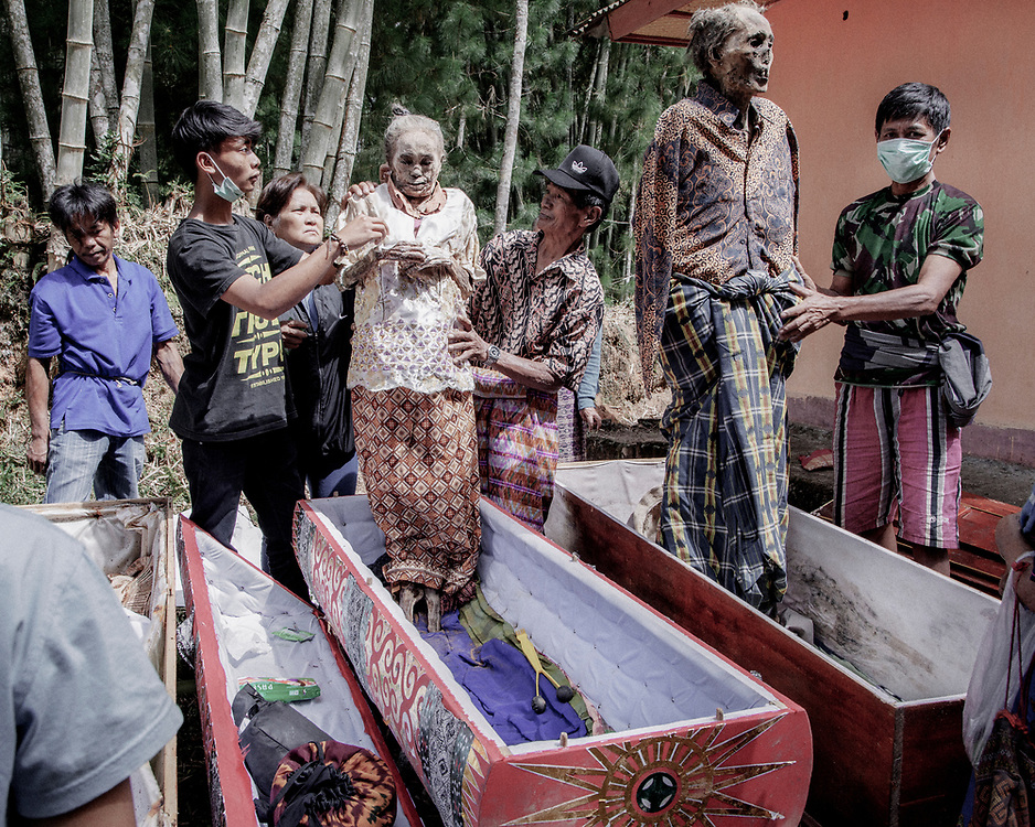 Dongga, who died in 2006 at age 78 and his wife, Sattu, who died in 2012 at age 80.<br />