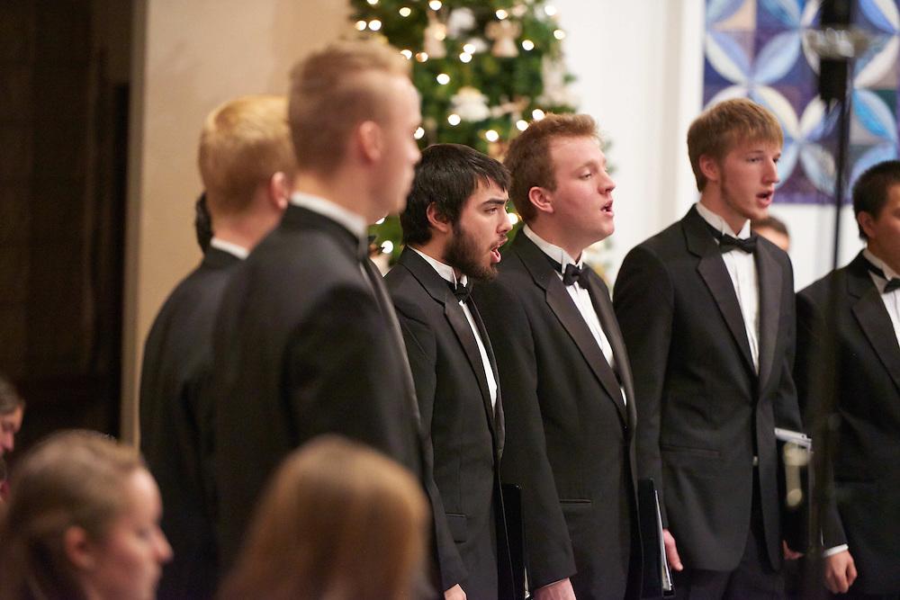 -UWL UW-L UW-La Crosse University of Wisconsin-La Crosse; December; evening; Group; Inside; Man men; Music; Singing; Student students