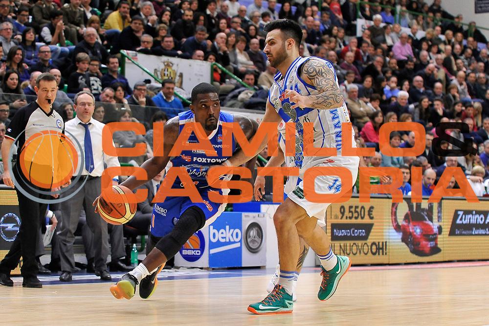 DESCRIZIONE : Brindisi  Lega A 2014-15 Dinamo Banco di Sardegna Sassari - Acqua Vitasnella Cant&ugrave;<br /> GIOCATORE : Darius Johnson-Odom<br /> CATEGORIA : Penetrazione<br /> SQUADRA : Acqua Vitasnella Cantu'<br /> EVENTO : Lega A 2014-2015<br /> GARA : Dinamo Banco di Sardegna Sassari - Acqua Vitasnella<br /> DATA : 28/02/2015<br /> SPORT : Pallacanestro<br /> AUTORE : Agenzia Ciamillo-Castoria/C.Atzori<br /> Galleria : Lega Basket A 2014-2015<br /> Fotonotizia : Dinamo Banco di Sardegna Sassari - Acqua Vitasnella<br /> Predefinita :
