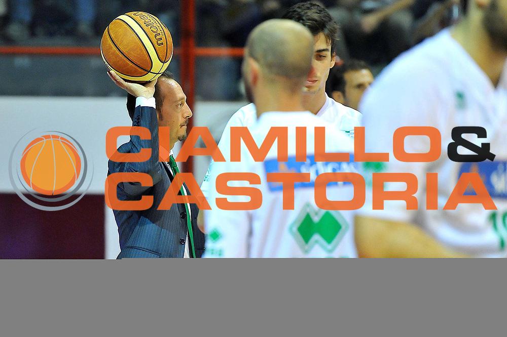 DESCRIZIONE : Pistoia Lega serie A 2013/14 Giorgio Tesi Group Pistoia Sidigas Avellino<br /> GIOCATORE :  De Gennaro Gianluca<br /> CATEGORIA : curiosit&agrave;<br /> SQUADRA : Sidigas Avellino<br /> EVENTO : Campionato Lega Serie A 2013-2014<br /> GARA : Giorgio Tesi Group Pistoia Sidigas Avellino<br /> DATA : 20/10/2013<br /> SPORT : Pallacanestro<br /> AUTORE : Agenzia Ciamillo-Castoria/M.Greco<br /> Galleria : Lega Seria A 2013-2014<br /> Fotonotizia : Pistoia Lega serie A 2013/14 Giorgio Tesi Group Pistoia Sidigas Avellino<br /> Predefinita :