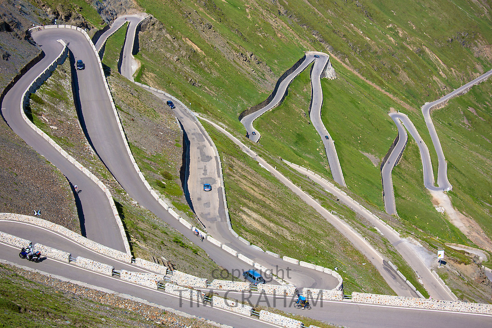 Cars on The Stelvio Pass, Passo dello Stelvio, Stilfser Joch, on the route to Prato, in the Eastern Alps in Northern Italy