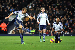 West Bromwich Albion's Craig Dawson takes a shot at goal. - Photo mandatory by-line: Dougie Allward/JMP - Mobile: 07966 386802 - 02/12/2014 - SPORT - Football - West Bromwich - The Hawthorns - West Bromwich Albion v West Ham United - Barclays Premier League