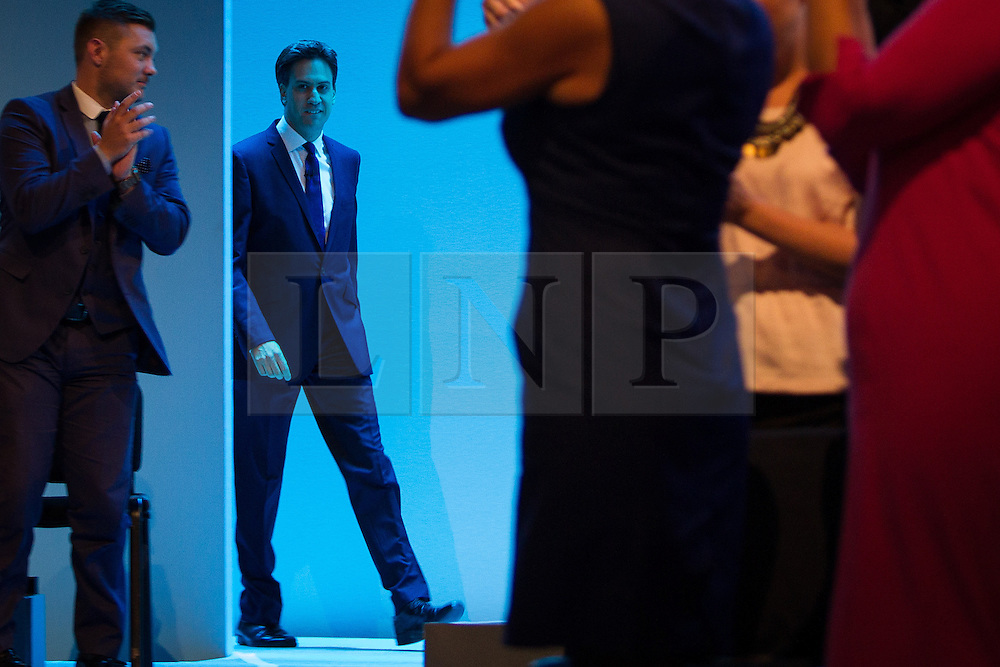 © Licensed to London News Pictures . 24/09/2013 . Brighton , UK . ED MILIBAND  enters the conference hall to deliver the Leader's Speech to the Labour Party conference , this afternoon (24th September 2013) . Day 3 of the Labour Party Conference in Brighton . Photo credit : Joel Goodman/LNP