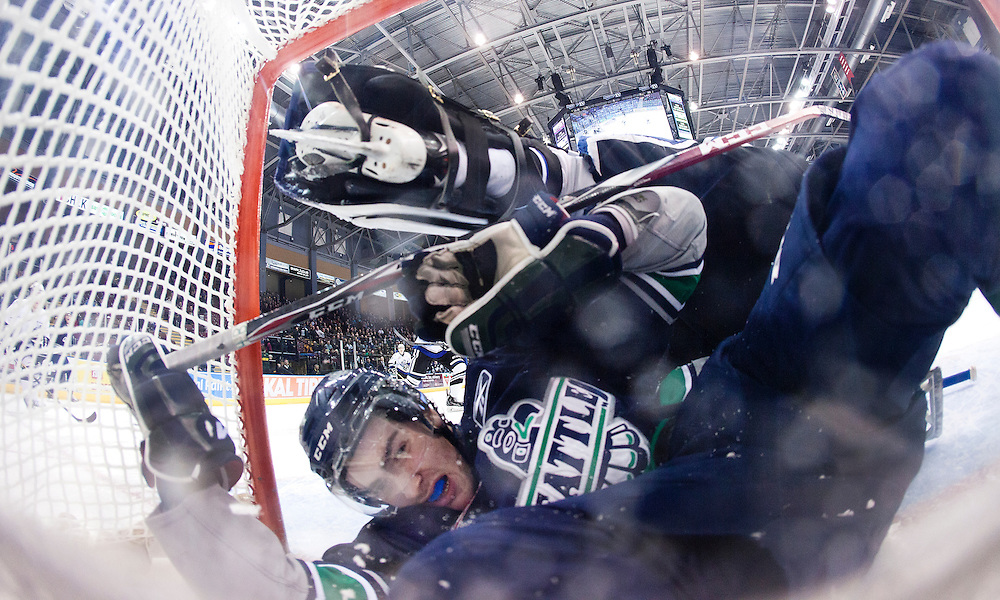 VICTORIA B.C. - MARCH 2:  The Victoria Royals and Seattle Thunderbirds of the Western Hockey League square off at the Save-On-Foods Memorial Centre on March 2, 2015 in Victoria, British Columbia, Canada. The Royals beat the Thunderbirds 3-2 in a shootout. (Photo by Kevin Light/Victoria Royals)