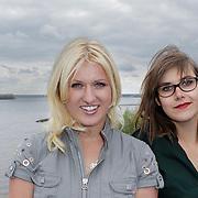 NLD/Naarden/20120419 - Persviewing Britt & Ymke en het mysterie van,