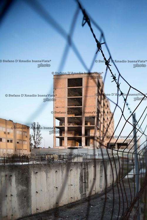 edifici non completati nel territorio di Latina Unfinished building in the territory of Rome