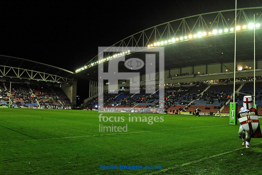 Picture by Ian Wadkins/Focus Images Ltd +44 7877 568959<br /> 16/11/2013<br /> General view of stadium showing England mascot walking the pitch ahead of the Rugby League World Cup 2013 quarter final at the DW Stadium, Wigan.