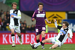 11.04.2010, Horr Stadion, Wien, AUT, 1. FBL, FK Austria Wien vs SK Puntigamer Sturm Graz, im Bild Andreas Hölzl, SK Puntigamer Sturm Graz trennt Roland Linz, FK Austria Wien vom Ball, EXPA Pictures © 2010, PhotoCredit: EXPA/ T. Haumer / SPORTIDA PHOTO AGENCY