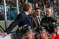 KELOWNA, CANADA - JANUARY 28: Assistant coach, Oliver David, athletic therapist Rich Campbell and head coach Mike Johnston of the Portland Winterhawks stand on the bench against the Kelowna Rockets on January 28, 2017 at Prospera Place in Kelowna, British Columbia, Canada.  (Photo by Marissa Baecker/Shoot the Breeze)  *** Local Caption ***