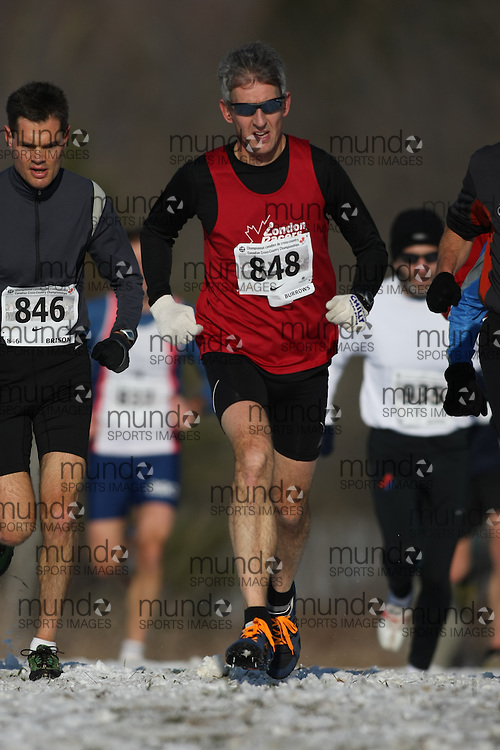 Guelph, Ontario ---29/11/08---  JIM BURROWS runs in the master's race at the 2008 AGSI Canadian Cross Country Championships in Guelph, Ontario, November 29, 2008..Sean Burges Mundo Sport Images