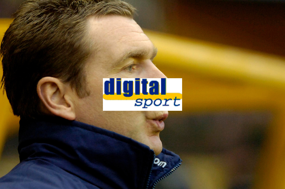 Photo: Ed Godden.<br />Wolverhampton Wanderers v Norwich City. Coca Cola Championship. 23/12/2006. Norwich Manager Peter Grant.