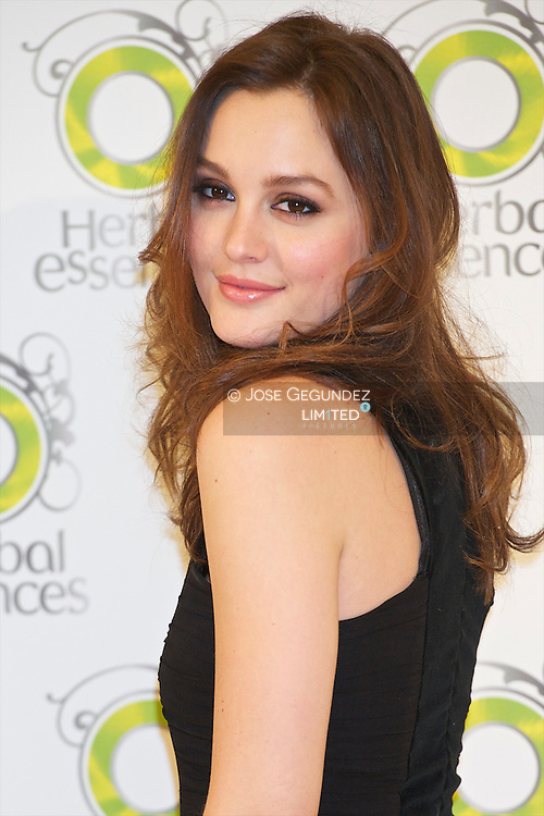 Leighton Meester attends a photocall for Herbal Essences Image