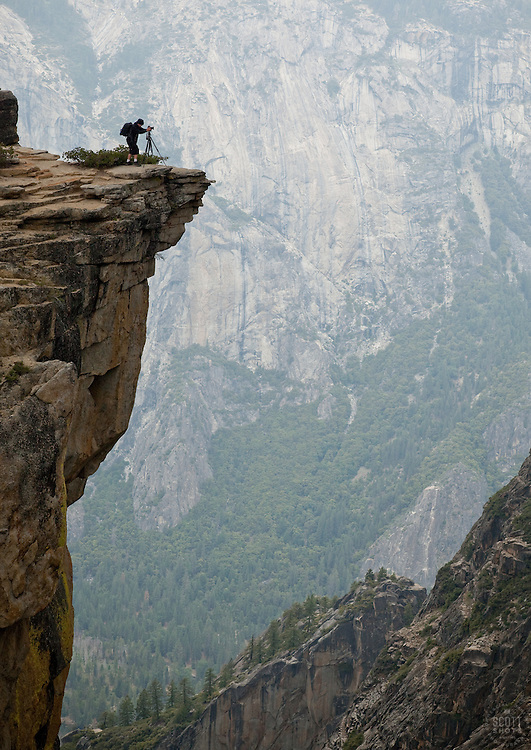 Scott Thompson photographing Yosemite