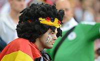 FUSSBALL  EUROPAMEISTERSCHAFT 2012   VIERTELFINALE Deutschland - Griechenland     22.06.2012 Ein deutscher Fan hat sich blauweiße Traenen ins Gesicht gemalt