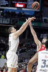 28.01.2016, Palacio de los Deportes, Madrid, ESP, FIBA, EL, Real Madrid vs Olympiacos PiraeusPlayoff, 5. Spiel, im Bild Real Madrid's Jaycee Carroll // during the 5th Playoff match of the Turkish Airlines Basketball Euroleague between Real Madrid and Olympiacos Piraeus at the Palacio de los Deportes in Madrid, Spain on 2016/01/28. EXPA Pictures © 2016, PhotoCredit: EXPA/ Alterphotos/ Acero<br /> <br /> *****ATTENTION - OUT of ESP, SUI*****