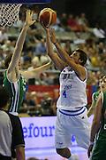 DESCRIZIONE : Alicante Spagna Spain Eurobasket Men 2007 Italia Slovenia Italy Slovenia <br /> GIOCATORE : Marco Belinelli<br /> SQUADRA : Nazionale Italia Uomini Italy <br /> EVENTO : Eurobasket Men 2007 Campionati Europei Uomini 2007 <br /> GARA : Italia Slovenia Italy Slovenia <br /> DATA : 03/09/2007 <br /> CATEGORIA : tiro <br /> SPORT : Pallacanestro <br /> AUTORE : Ciamillo&amp;Castoria/Fiba <br /> Galleria : Eurobasket Men 2007 <br /> Fotonotizia : Alicante Spagna Spain Eurobasket Men 2007 Italia Slovenia Italy Slovenia <br /> Predefinita :