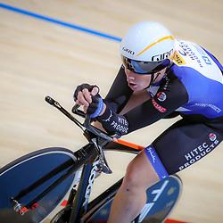 17-12-2016: Wielrennen: NK baanwielrennen: Apeldoorn       <br /> APELDOORN (NED) wielrennen     <br /> Kirsten Wild heeft ook op de tweede dag van het Nederlands Kampioenschap op de baan een zege geboekt: de  Overijsselse veroverde het goud op het NK individuele achtervolging.<br /> In de finale bleef zij Marjolein van 't Geloof voor. In de strijd om het brons won Michelle de Graaf ten koste van Bianca Lust. Wild won op vrijdag samen met Nina Kessler de koppelkoers.