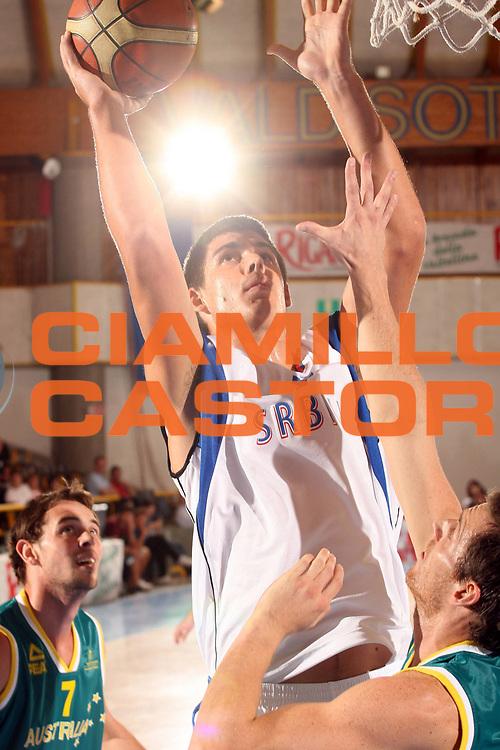 DESCRIZIONE : Bormio Torneo Internazionale Gianatti Serbia Australia <br /> GIOCATORE : Milenko Tepic<br /> SQUADRA : Serbia <br /> EVENTO : Bormio Torneo Internazionale Gianatti <br /> GARA : Serbia Australia <br /> DATA : 04/08/2007 <br /> CATEGORIA : Tiro<br /> SPORT : Pallacanestro <br /> AUTORE : Agenzia Ciamillo-Castoria/G.Cottini