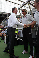 Photo: Andrew Unwin.<br /> Newcastle United v Villarreal. Pre Season Friendly. 05/08/2006.<br /> Newcastle's manager, Glenn Roeder, welcomes his team's opponents.