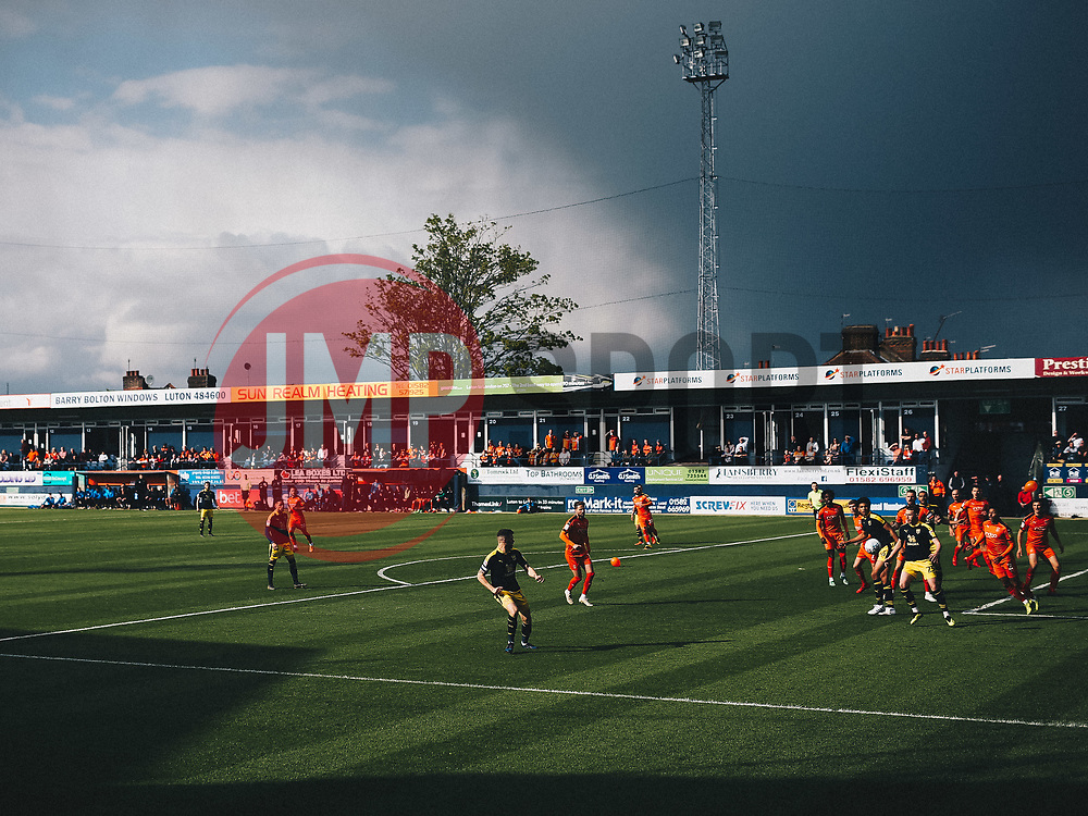 General View in Kenilworth Road - Rogan/JMP - 04/05/2019 - Kenilworth Road - Luton, England - Luton Town v Oxford United - Sky Bet League One.