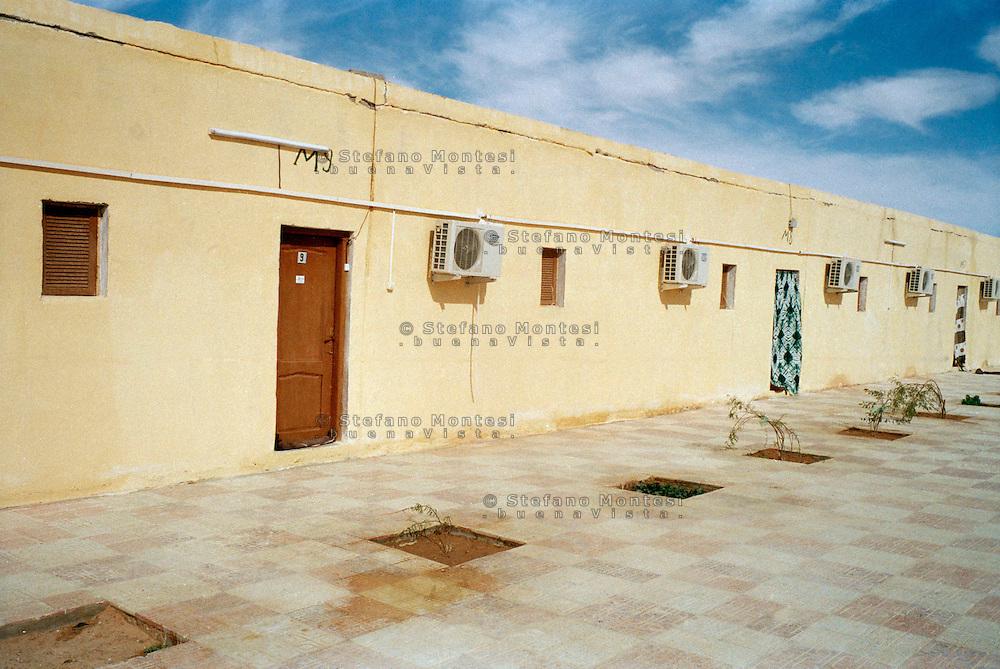 Rabuni Febbraio 2012.Gli alloggi dei cooperanti nel campo profughi saharawi di Rabuni a Tindouf  nel sud dell'Algeria dove è stata sequestrata   Rossella Urru assieme ad altri due volontari spagnoli dai terroristi di Al-Qaeda