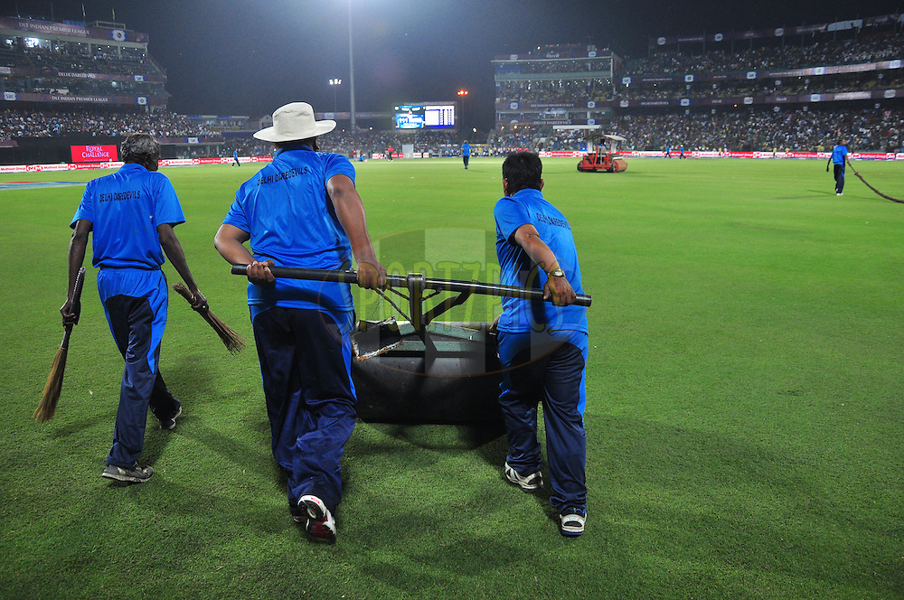 Ground staff during match 11 of the the Indian Premier League ( IPL) 2012  between The Delhi Daredevils and the Chennai Superkings held at the Feroz Shah Kotla, Delhi on the 10th April 2012..Photo by Arjun Panwar/IPL/SPORTZPICS