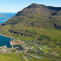 Seyðisfjörður til norðausturs / Seydisfjordur viewing northeast.
